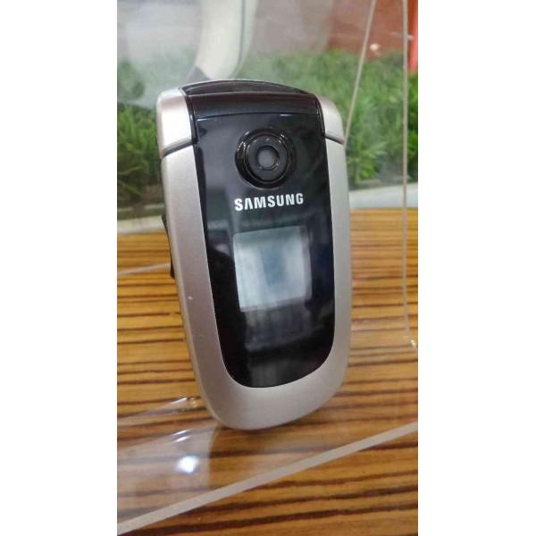 Samsung X660, used