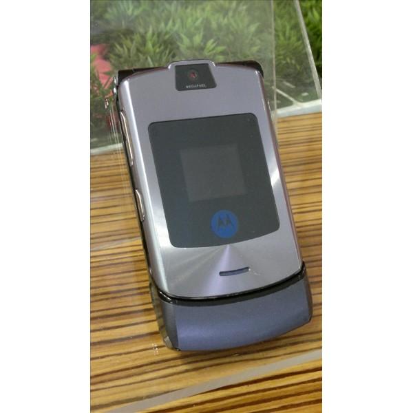 Motorola V3i, used